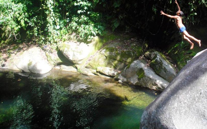carousel-senderoguaruma